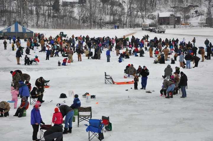 kids-ice-fishing-event