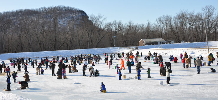 kids-free-ice-fishing